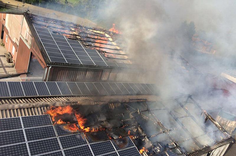 rheurdt_dlk_dach_photovoltaik_feuer