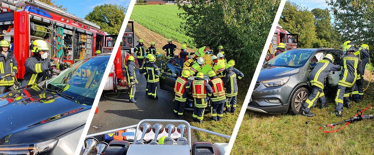 Verkehrsunfall mit eingeklemmter Person. Mittelklassewagen kollidiert mit Lkw.